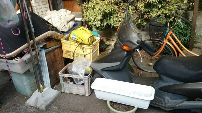 観音寺市単車・自転車回収前